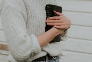 Bible_Heart.jpg