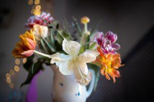 flowers_jug.jpg