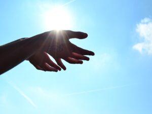 hands_sky.jpg